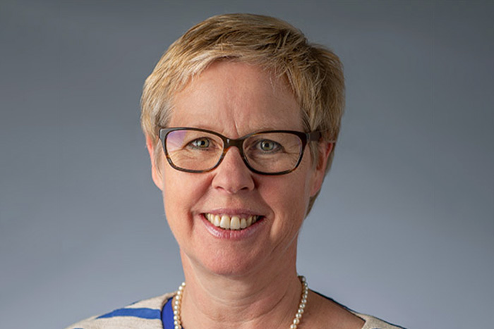 Portrait Dr. Brigitta Hüttche